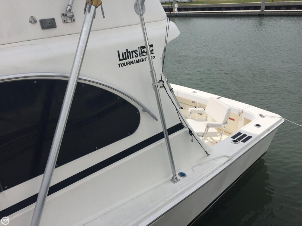1992 used luhrs tournament 320 sports fishing boat for for Commercial fishing boats for sale west coast
