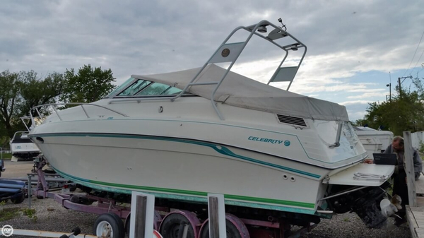 Used Celebrity 29 Sport Cruiser Express Cruiser Boat For Sale