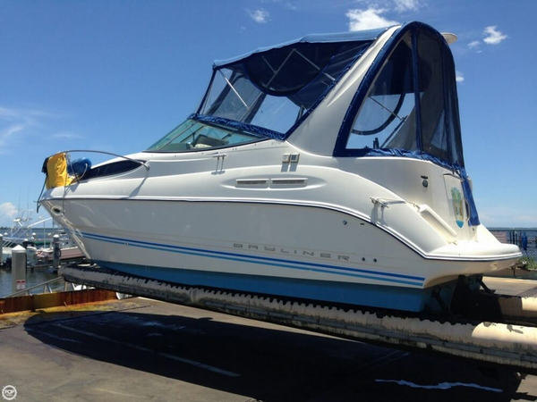 Used Bayliner Ciera 275 Express Cruiser Boat For Sale