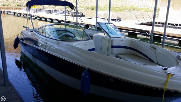 Used Maxum 2400 SD Deck Boat For Sale