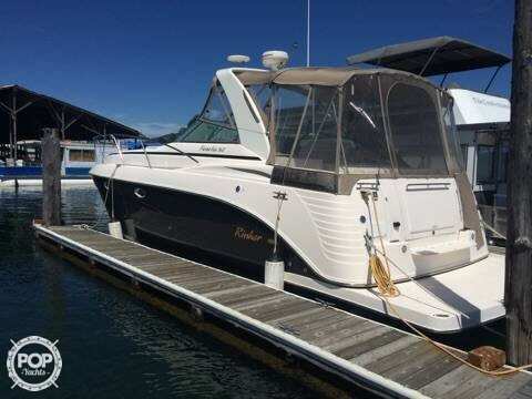 Used Rinker FIESTA VEE 360 Express Cruiser Boat For Sale