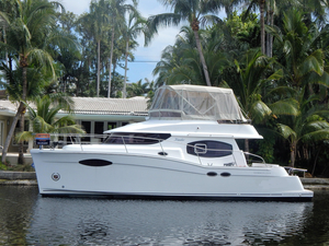Used Fountaine Pajot Summerland 40 LC Power Catamaran Boat For Sale