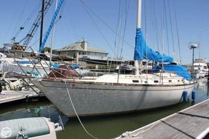 Used Irwin Yachts 39 Citation Racer and Cruiser Sailboat For Sale