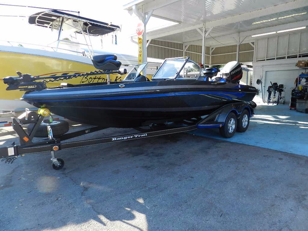 New Ranger 212LS Reata Ski and Fish Boat For Sale