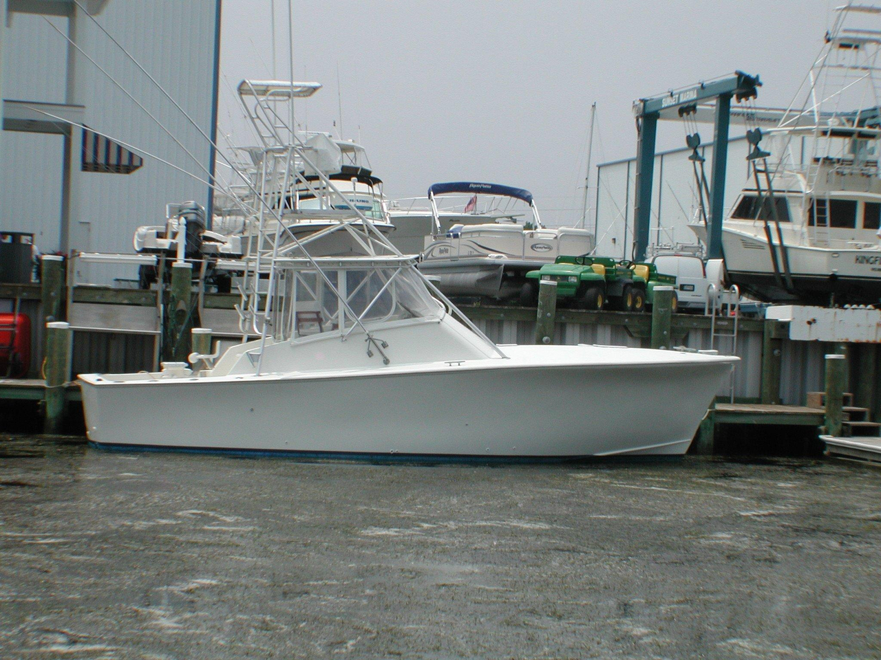 1987 used island boat works custom carolina sports fishing for Used fishing boats for sale in md