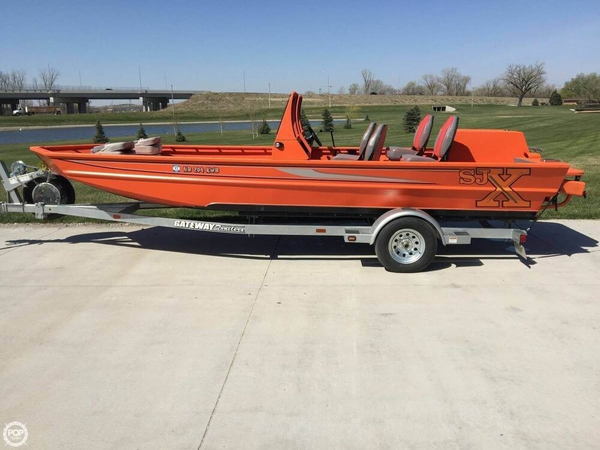 Used Sjx 2170 Aluminum Fishing Boat For Sale
