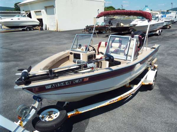 1997 used monark marine pro 1700 freshwater fishing boat for Best aluminum fishing boat for the money