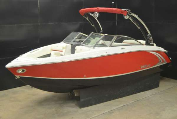 New Cobalt Boats R3WSS Ski and Wakeboard Boat For Sale