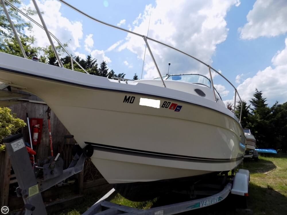 1998 used seaswirl striper 2300 walkaround fishing boat for Used fishing boats for sale in md