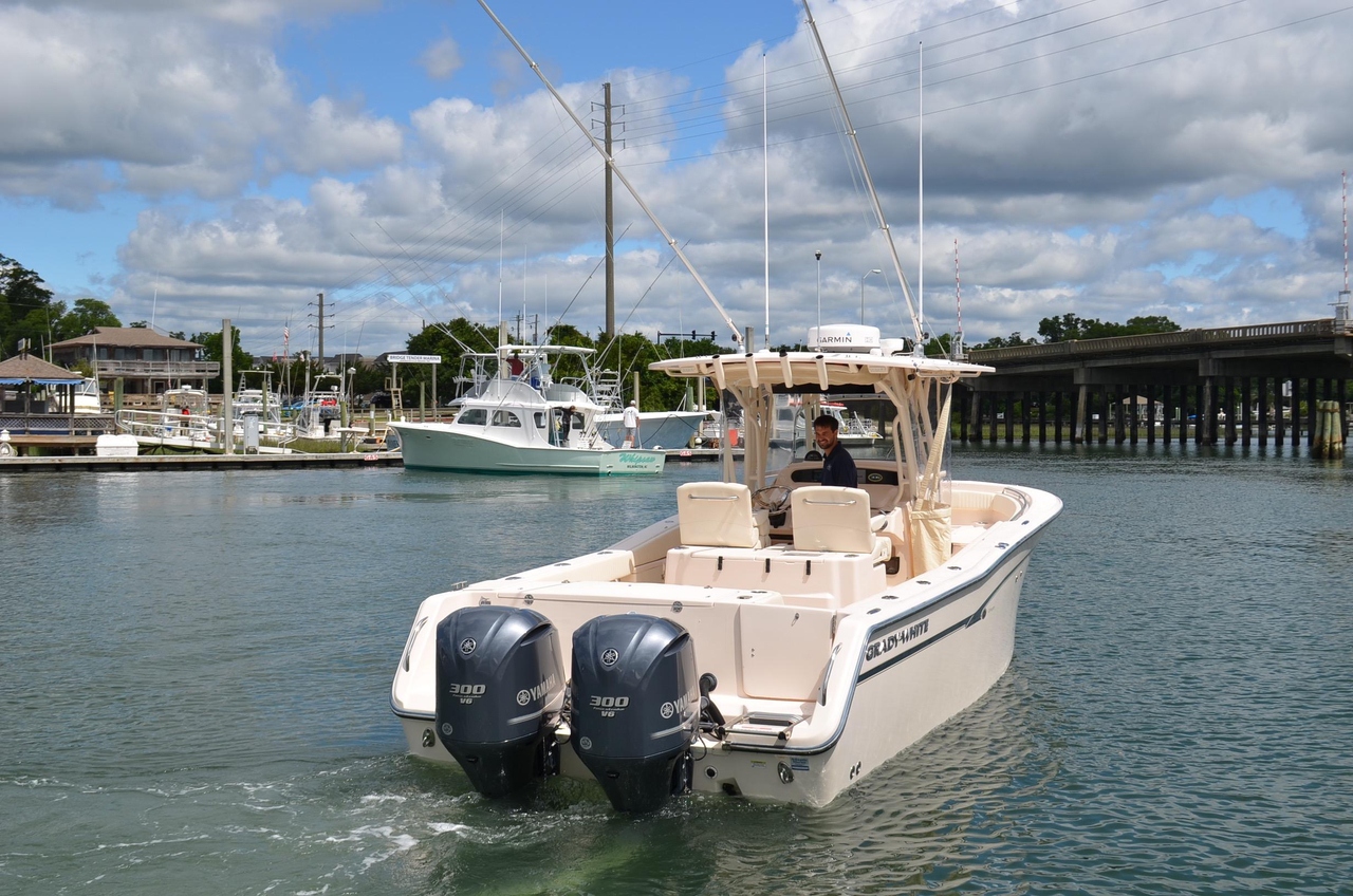 2013 used grady white canyon 306 center console fishing for Grady white fishing boats