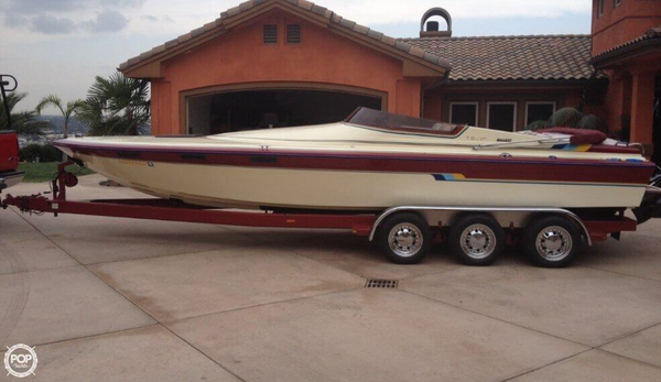 Used Hallett 7.9 EXP High Performance Boat For Sale