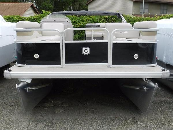 New Sweetwater Sunrise 186 C Pontoon Boat For Sale