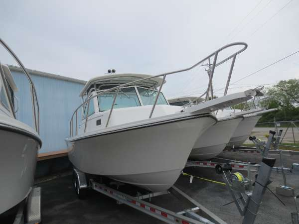 New Parker Boats 2510 XL Walkaround Fishing Boat For Sale