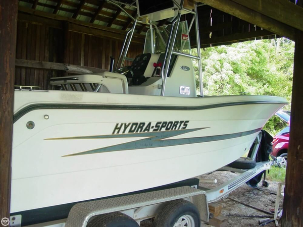 Used Hydra-Sports 2000 Vector Center Console Fishing Boat For Sale