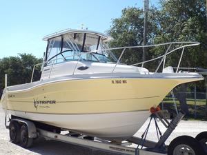 Used Seaswirl Striper 2601 Walkaround IO Center Console Fishing Boat For Sale