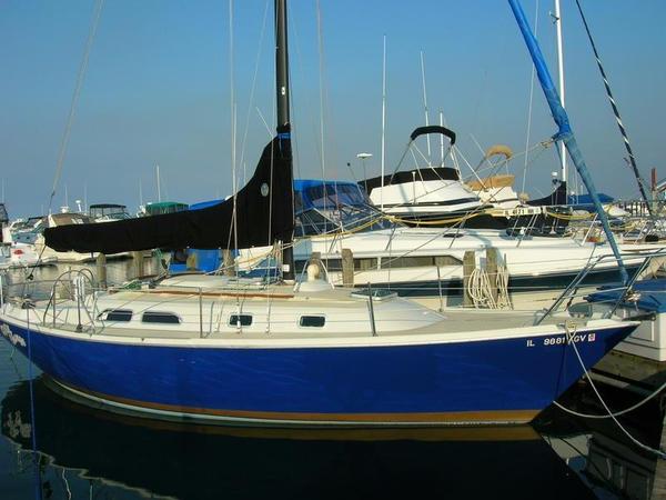 Used Ericson MK II Cruiser Sailboat For Sale