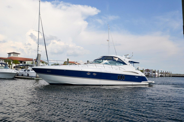 Used Cruisers Yachts 500 Express Motor Yacht For Sale