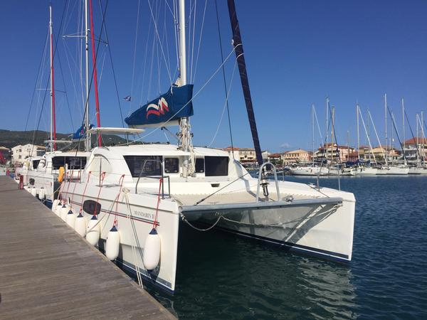 Used Robertson And Caine Leopard 39 Catamaran Sailboat For Sale