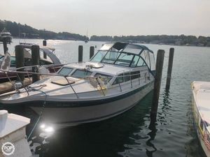 Used Baha Cruisers 310 Express Cruiser Boat For Sale