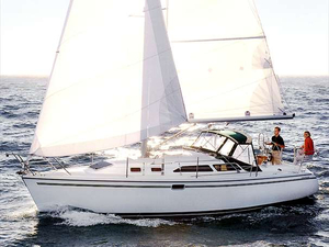 Used Catalina 320 Racer and Cruiser Sailboat For Sale