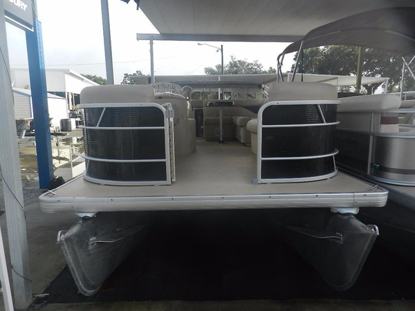 New Sweetwater 1880C Pontoon Boat For Sale