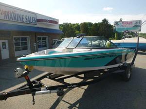 Used Correct Craft Ski 200 OB Ski and Wakeboard Boat For Sale