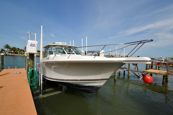 Used Wellcraft Coastal 360 Express Cruiser Boat For Sale