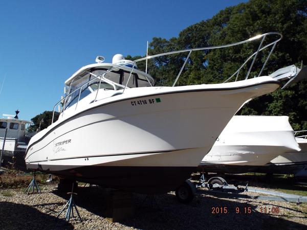 Used Seaswirl Striper 2901 Walkaround OB Cruiser Boat For Sale