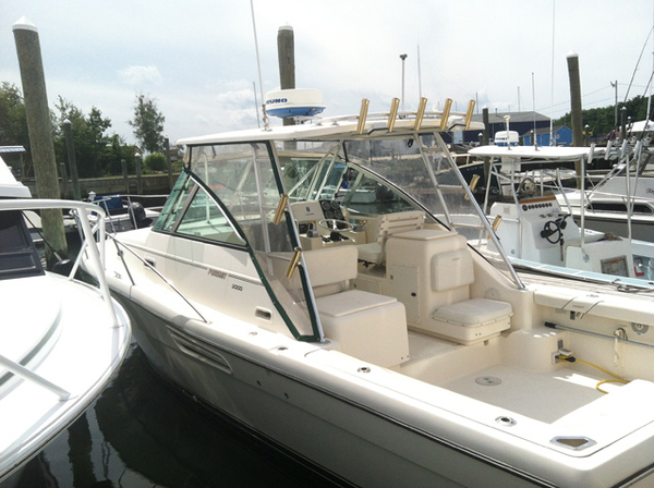 Used Pursuit 30 Cruiser Boat For Sale