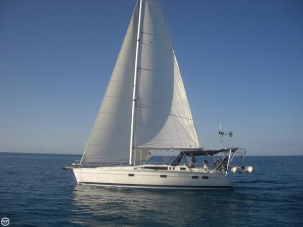 Used Hunter 40.5 Legend Sloop Sailboat For Sale