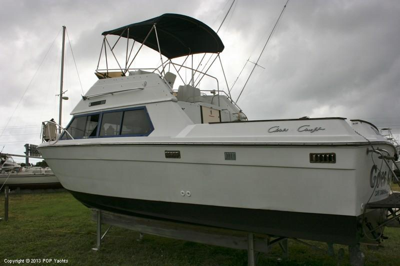 1988 used chris craft 292 catalina express cruiser boat for Chris craft express cruiser for sale