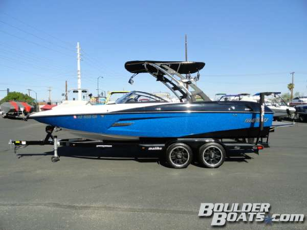 Used Malibu Wakesetter 22 MXZ Ski and Wakeboard Boat For Sale