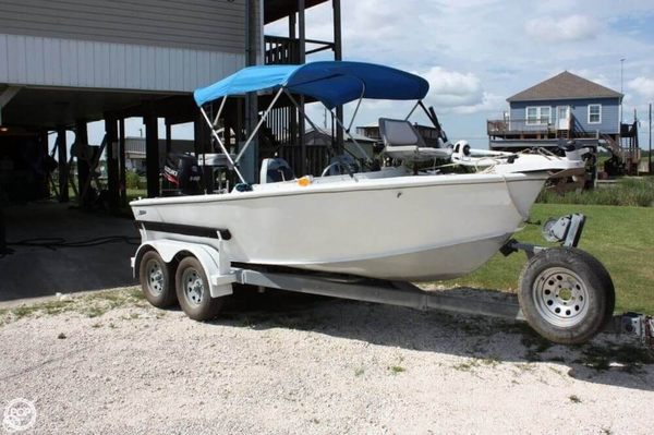 Used Gravois 17 Aluminum Fishing Boat For Sale