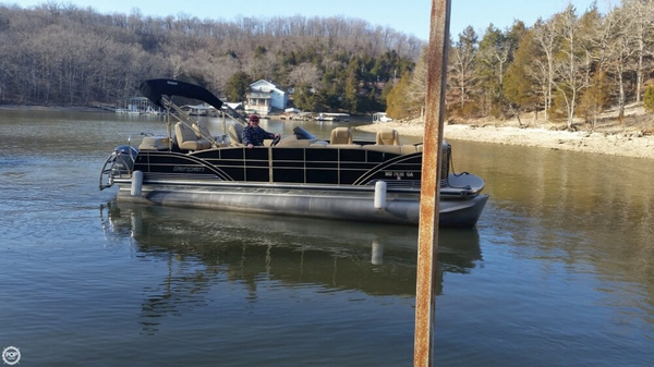 Used Sanpan 2500 FE BAR Pontoon Boat For Sale