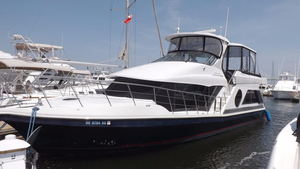 Used Bluewater 5200 Aft Cabin Boat For Sale