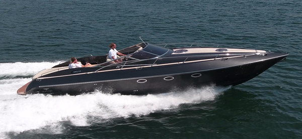 Used Hunton XRS43 High Performance Boat For Sale