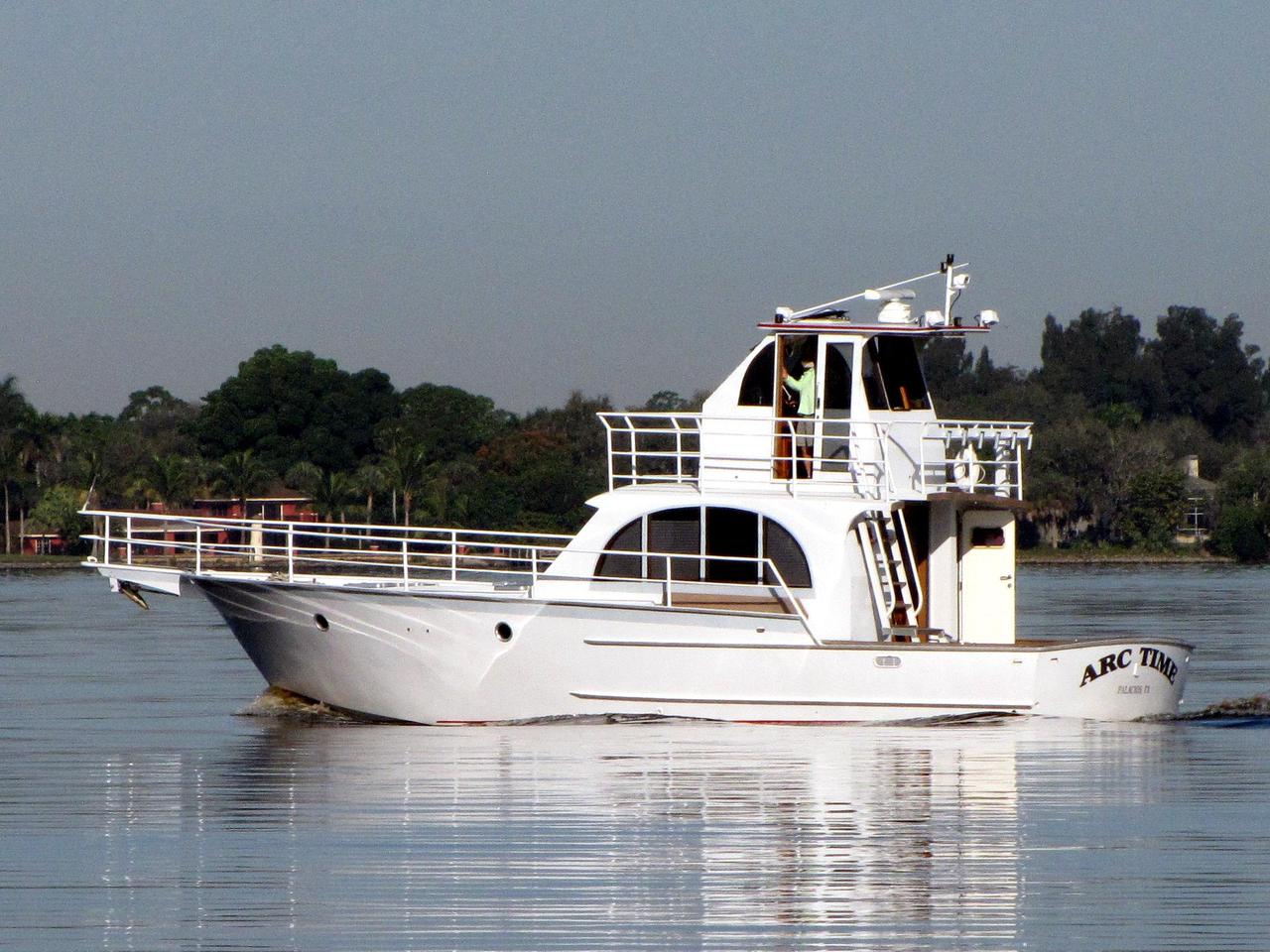 2007 used striker 44 sport fisherman sports fishing boat for Sport fishing boats for sale