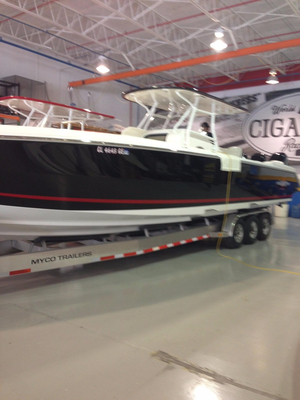 Used Cigarette Racing 39 TOP FISH Center Console Fishing Boat For Sale