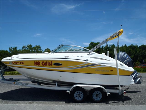 Used Hurricane SD 2000 OB Deck Boat For Sale