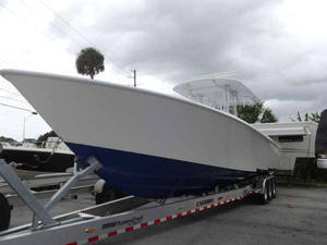 New Contender 39 STEP Center Console Fishing Boat For Sale