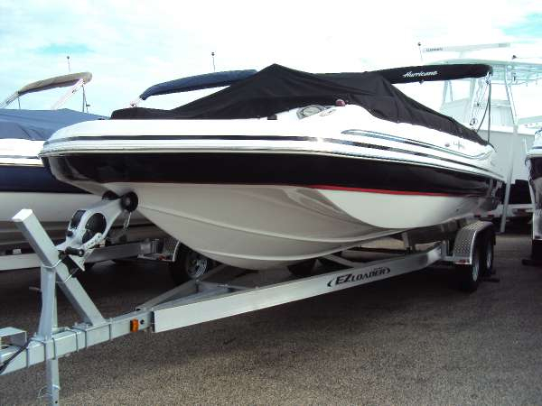 2016 new hurricane boats ss 231 ob ski and fish boat for for Fish and ski boats for sale