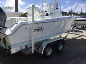 New Sea Hunt Ultra 211 Saltwater Fishing Boat For Sale