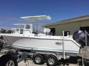 New Sea Hunt Ultra 234 Ski and Fish Boat For Sale