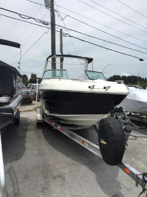 Used Mariah R26 Bowrider Boat For Sale
