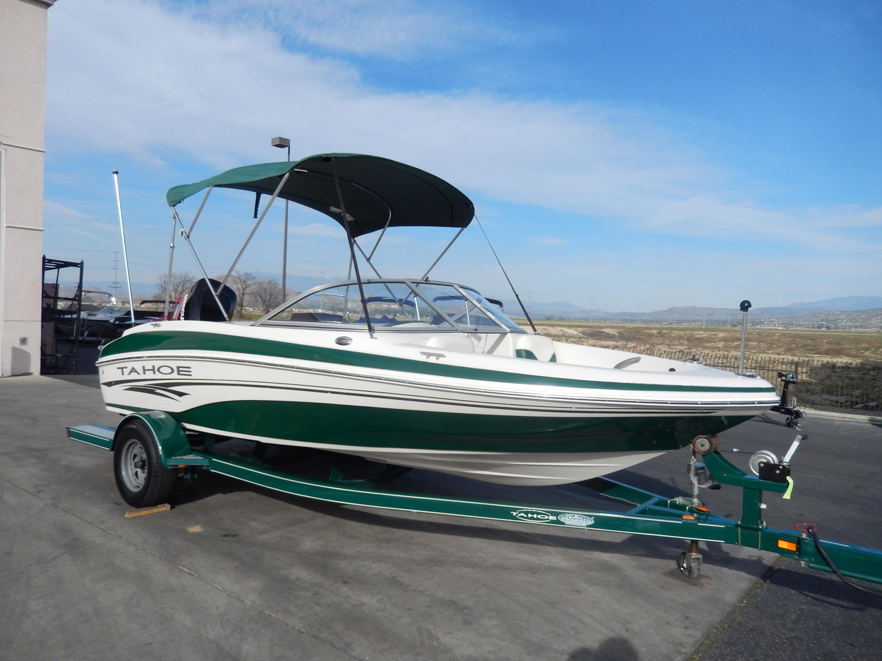 Tracker 2006 tahoe q4 fish ski autos post for Fish and ski boats for sale craigslist