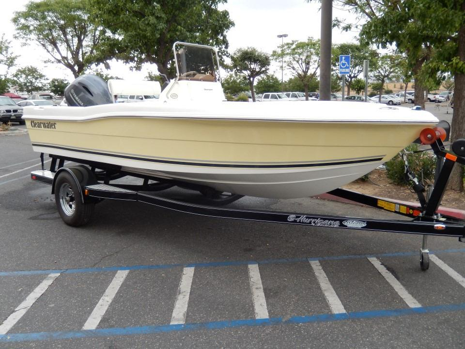 2012 Used Clearwater 1900 Bay Cc Center Console Fishing