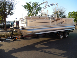 New Qwest Angler 822 Pro Troll Pontoon Boat For Sale