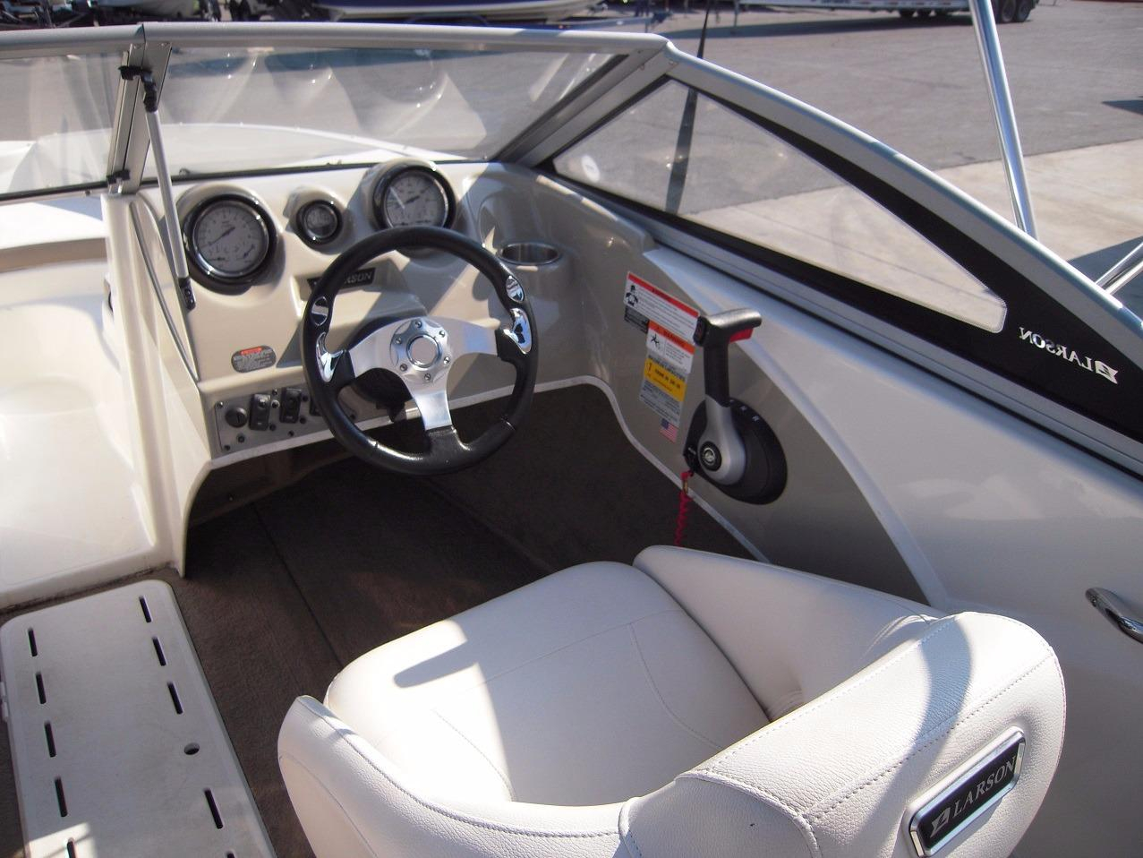 Bowrider: Bowrider Seats
