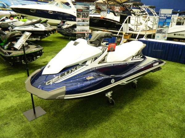 2016 new yamaha vx deluxe personal watercraft for sale. Black Bedroom Furniture Sets. Home Design Ideas