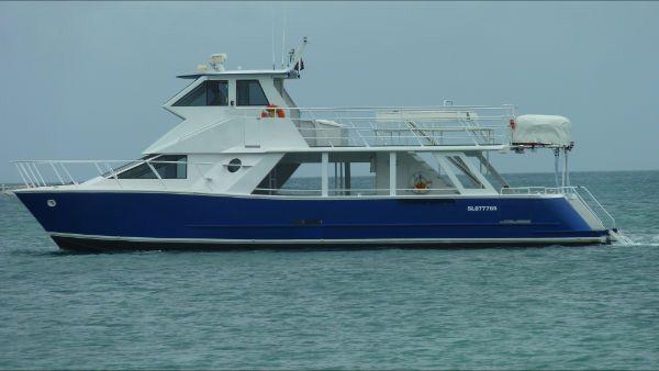 1994 used usa catamarans power catamaran boat for sale for Catamaran fishing boats for sale